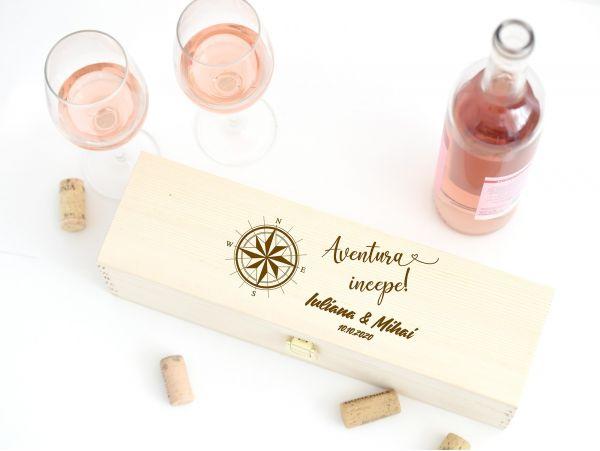 """Cutie vin personalizata """"Aventura..."""